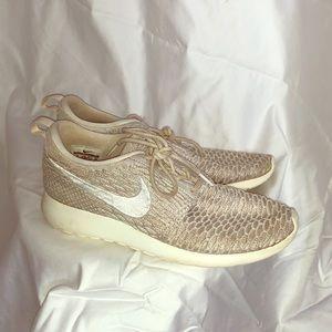 Cream woven Nike Roshe Run